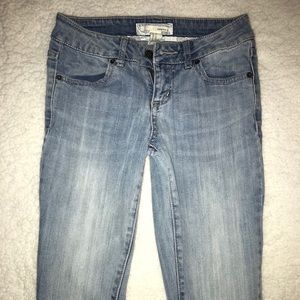 Forever 21 ankle jeans